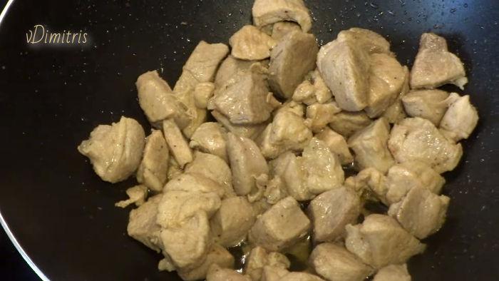 χοιρινή τηγανιά λεμονάτη
